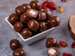 Драже кокос в молочном шоколаде - фото 1